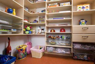 While We Know That There Are Many Methods For Dealing With This Issue, A  Custom Kids Closet System ...